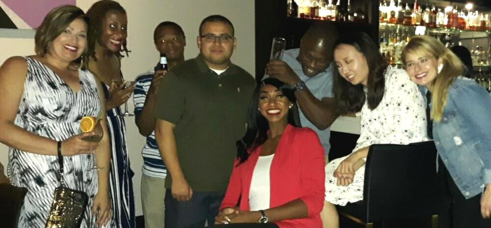 Atlanta Speed Dating for 20s, 30s and 40s, single women are meeting single men and having fun time