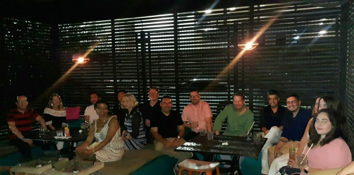 Dallas Speed Dating for 20s, 30s and 40s, single women are meeting single men and having fun time